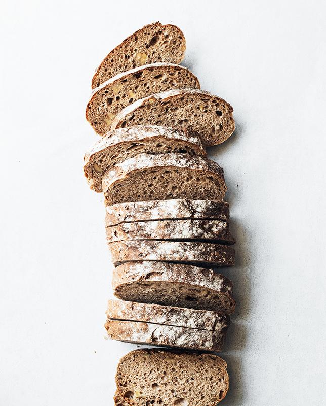 louise-lyshoj-WHJTaLqonkU-unsplash (1)bread